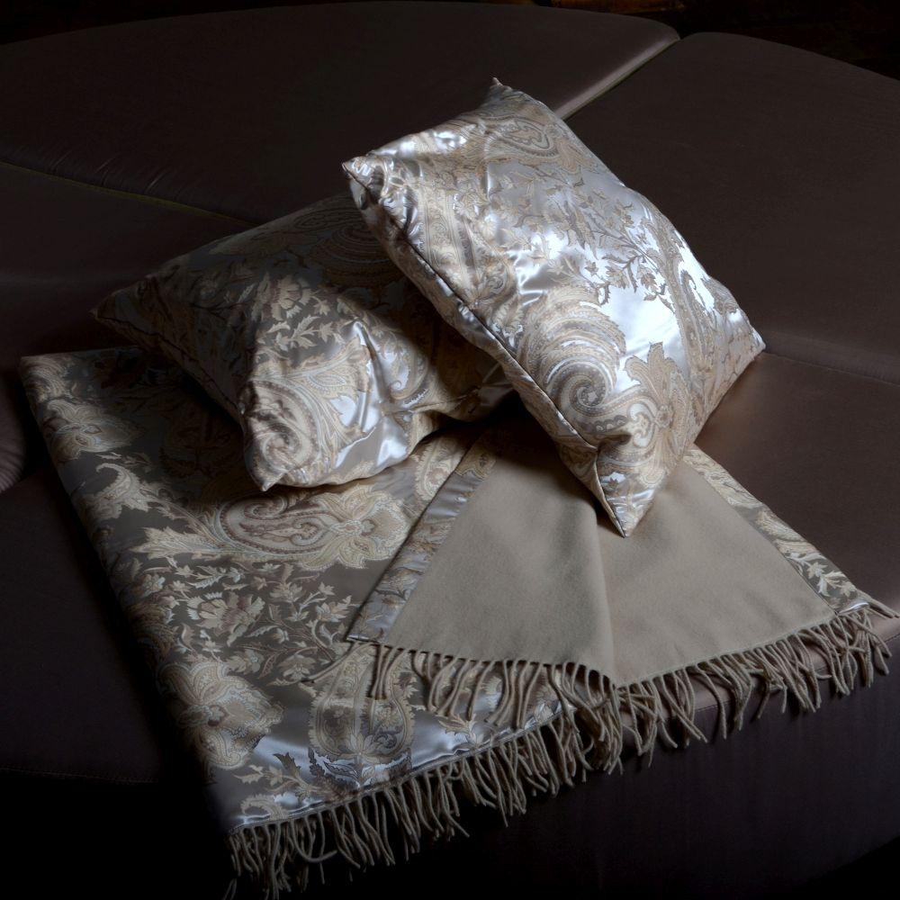 wohntextilien einrichtung und kunst gegenst nde. Black Bedroom Furniture Sets. Home Design Ideas