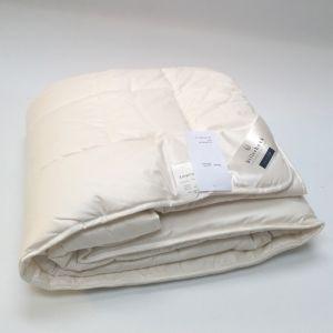 Mittelwarme Schafwolle Lyocell Uno Bettdecke von Billerbeck
