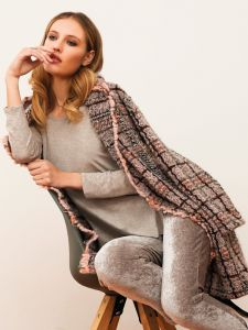 Jacke Kuschel Boucle rosa grau von Chiara Fiorini - das Top und die Hose sind nicht im Lieferumfang enthalten