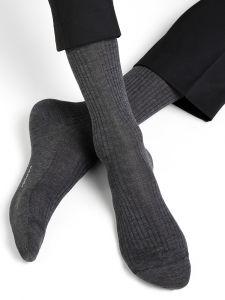 Herren Socken aus Seide von Bleuforêt in anthrazit grau