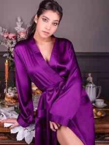 Morgenmantel Nelia lang violett Stretchseide von Marjolaine