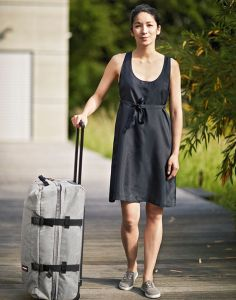 Reisekleid Little Black Dress schwarz aus 100% Seide von Traveler´s Tree®