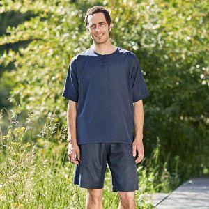 Blauer kurzer Reiseschlafanzug aus Seide-Baumwolle für Herren von Traveler´s Tree®