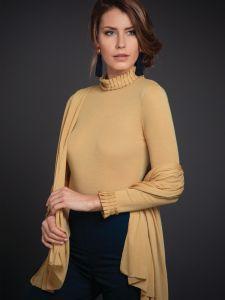 Merinowolle-Seide Schal-Tuch Stola in gold von Artimaglia - das Shirt ist nicht im Lieferumfang enthalten