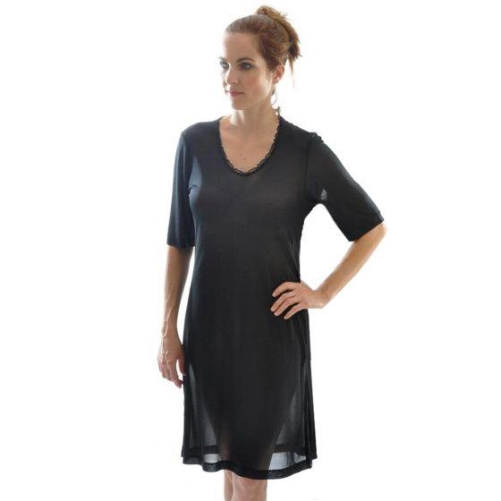 Kurzarm-Nachthemd schwarz aus Bio-Seide Feinjersey von Alkena
