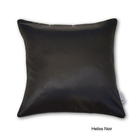 Helios Noir Seide Kissenbezug von der Plauener Seidenweberei