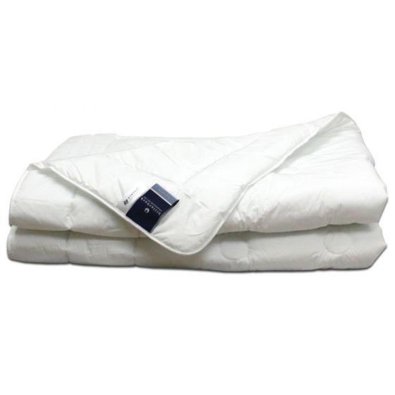 Mittelwarme Faserdecke Sonderposten Uno Bettdecke von Billerbeck