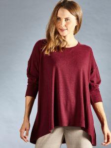 Weit geschnittenes Langarm Shirt in bordeaux rot aus Bourette Seide von Kokon Zwo
