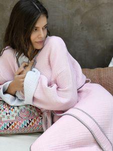 Morgenmantel aus Baumwolle in rosa hellgrau von Ringella