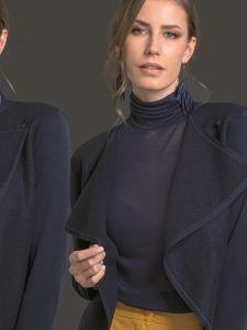 Kaschmir Viscose Voile Rollkragenshirt dunkelblau von Artimaglia - die Jacke ist nicht im Lieferumfang enthalten