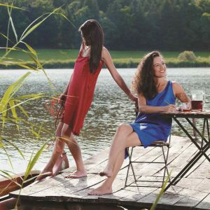 Reisekleid Day&Night Dress rot oder blau aus 100% Seide von Traveler´s Tree®