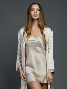 Seidenunterkleid Seduzione di Seta von Gattina gold - der Morgenmantel ist nicht im Lieferumfang enthalten